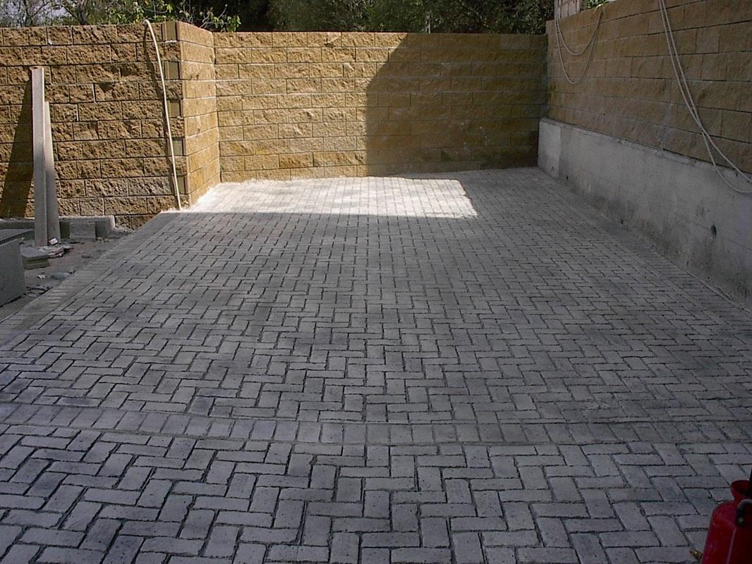 Pavimento stampato lecce - Pavimento per garage ...